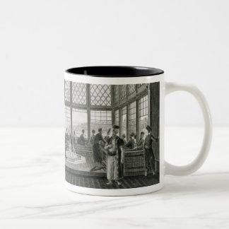によるコンスタンチノープルの公共のカフェのインテリア ツートーンマグカップ