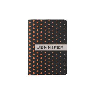 にんじんのオレンジ水玉模様のモダンの黒 パスポートカバー