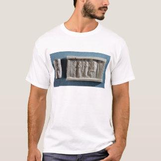 に招魂を描写するシリンダーシール Tシャツ