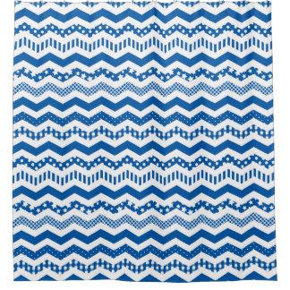 ねじれの濃紺のシェブロン シャワーカーテン