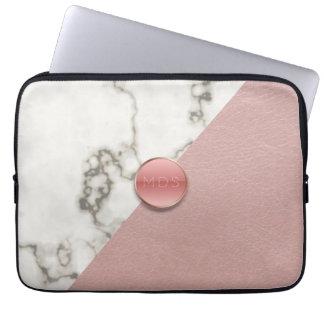 のど3Dの赤面のピンクの革大理石のラップトップスリーブ ラップトップスリーブ