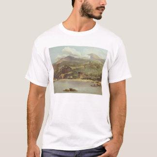 の方に見るソレントからのVico Estenseの眺め Tシャツ