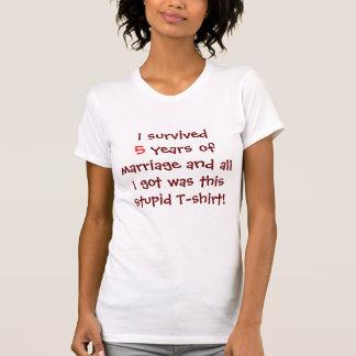 の結婚5年間生き延びられる Tシャツ