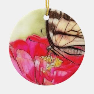 の黄色いアゲハチョウの蝶《植物》百日草 陶器製丸型オーナメント