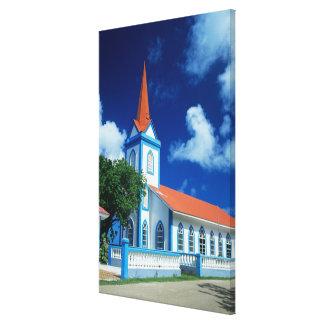 のTahaaの島のカラフルな教会 キャンバスプリント