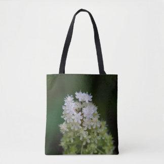 はえ毒白い野生の花の花のトートバック トートバッグ