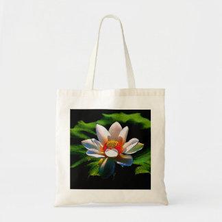 はすの花のデザインのトートバック トートバッグ