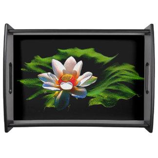 はすの花のデザインの贅沢なサービングの皿 トレー