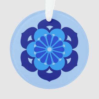 はすの花の曼荼羅、インディゴおよび淡いブルー オーナメント
