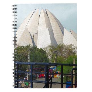 はす寺院のニューデリーインドBahá'íの家の崇拝 ノートブック