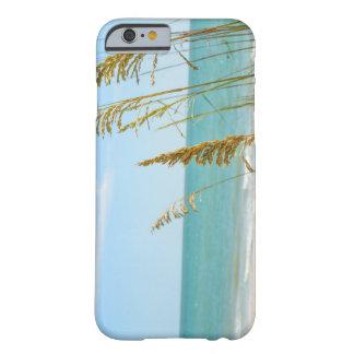 はだしのビーチの電話箱の日 BARELY THERE iPhone 6 ケース