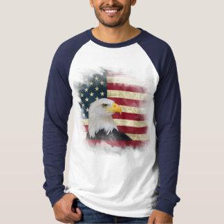 はっきりしたで動揺してな米国の旗、白頭鷲のデザイン Tシャツ