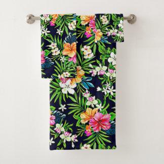 はっきりしたで及び明るい熱帯ハイビスカスの花 バスタオルセット