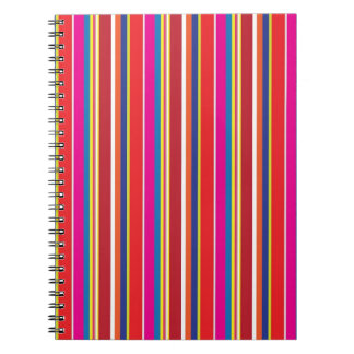 はっきりしたな鉛筆のストライプパターン ノートブック