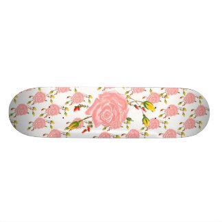 ばら色の花のスケートボード スケートボード