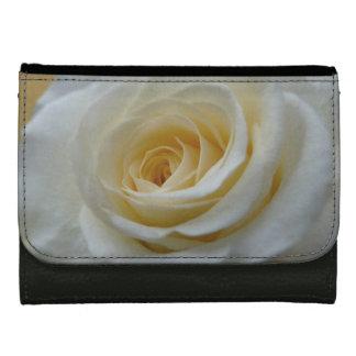 ばら色の財布の白いバラの花の財布のギフト