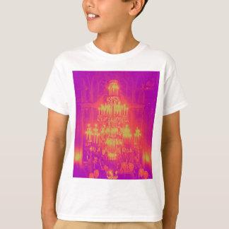 ぶら下がったなシャンデリアのポップアートのネオン色 Tシャツ