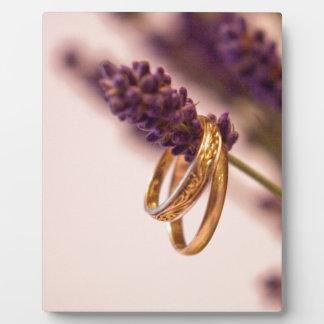 ぶら下がったな結婚指輪 フォトプラーク