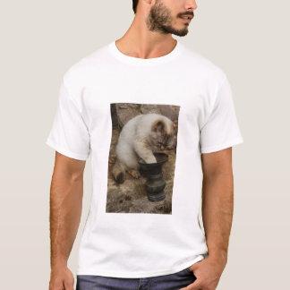 ほんわか癒し系の猫ちゃん。Vol-02 Tシャツ