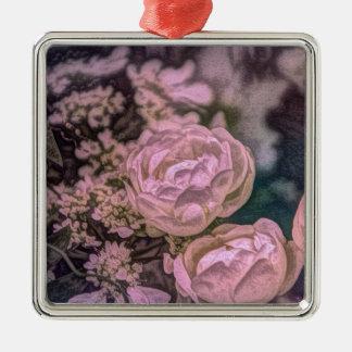 ぼろぼろのシックでビクトリアンな庭のボヘミアのピンクのバラ メタルオーナメント