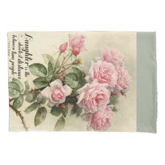 ぼろぼろのシックなピンクのビクトリアンなバラ 枕カバー