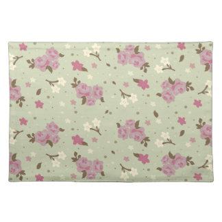 ぼろぼろのシックなピンクの花のヴィンテージの花柄 ランチョンマット