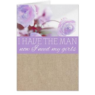 ぼろぼろのシックな紫色のシャクヤクのバーラップの新婦付添人の要求 カード