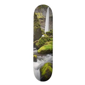 または、コロンビア川の峡谷、Elowahの滝 19.7cm スケートボードデッキ