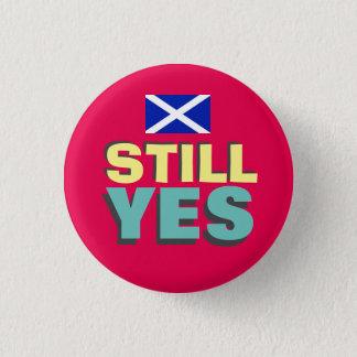 まだYesのスコットランドの独立旗のバッジ 缶バッジ