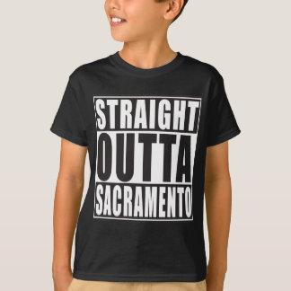 まっすぐなOuttaサクラメントカリフォルニア Tシャツ