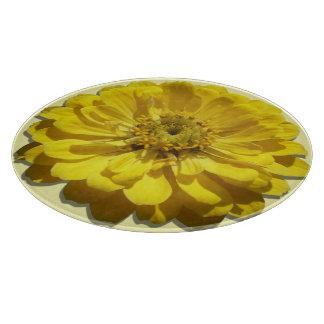まな板-黄色い《植物》百日草 カッティングボード