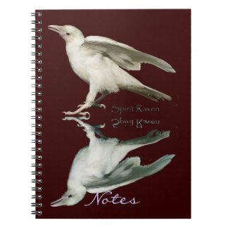 まれで白いワタリガラス及び反射の芸術のノート ノートブック