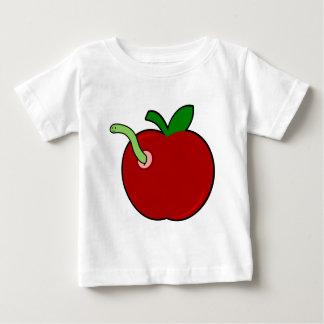 みみずが付いているかわいいApple ベビーTシャツ