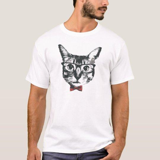 めが猫 cat with glasses tシャツ