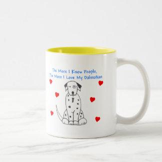 もっと私は人々のダルマチア人を知っています ツートーンマグカップ