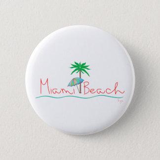 やしおよび傘が付いているマイアミ 缶バッジ
