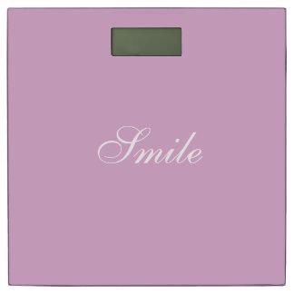 やる気を起こさせるな励ますことを高揚するピンクのアンゴラ 体重計
