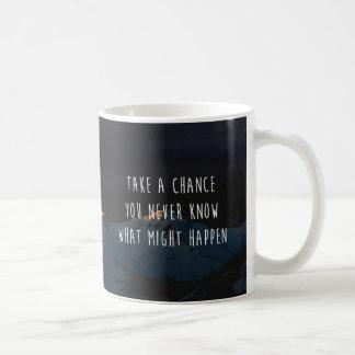 やる気を起こさせるな引用文は賭けてみます コーヒーマグカップ