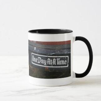 やる気を起こさせるなcoffeecupsの感動的な引用文のギフト マグカップ