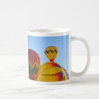 よいインフレーション コーヒーマグカップ
