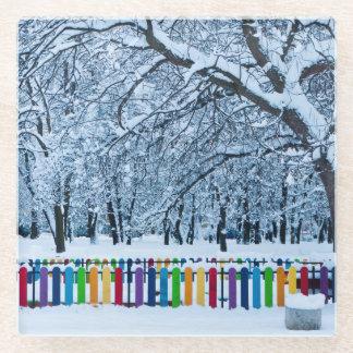 よくはしゃぐな冬の不思議の国 ガラスコースター