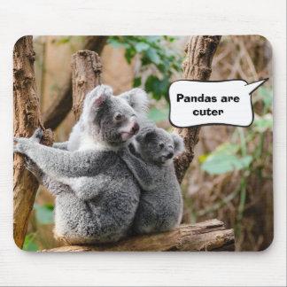 よりかわいいコアラかパンダか。 マウスパッド