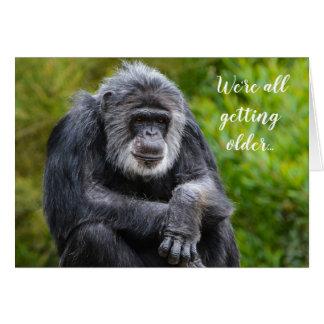 より古い最低のおもしろいに動物のゴリラの誕生日を得ます カード