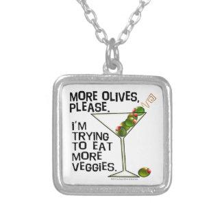 より多くのオリーブ-私はより多くの野菜を食べることを試みています! シルバープレートネックレス