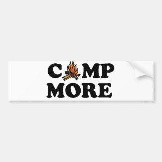 より多くのキャンプファイヤーはキャンプします バンパーステッカー