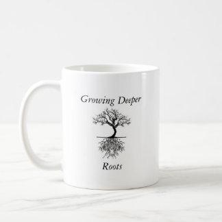 より深い根のマグ コーヒーマグカップ