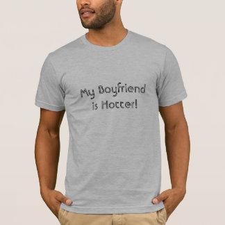 より熱い私のBoyfriendis! Tシャツ