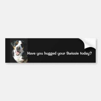 より素晴らしいスイス山犬: 幸せなバンパーステッカー バンパーステッカー