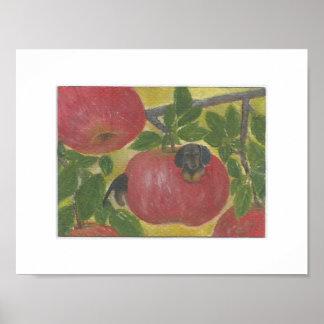 りんごの木のDoxieの赤いウインナソーセージのダックスフント犬みみず ポスター