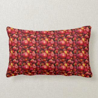 りんごの枕 ランバークッション